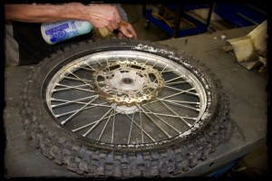 Spray Lube On Tire Bead