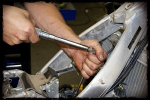 Use Torque Wrench to Torque Valve Cover Bolts to Correct Specs